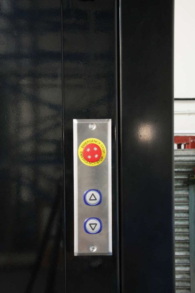 Goods Only Lift – Structure Supported