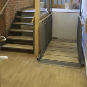 Staircase and lift all in one